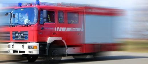 Feuerwehr, Einsatz, Blaulicht, © Pixabay