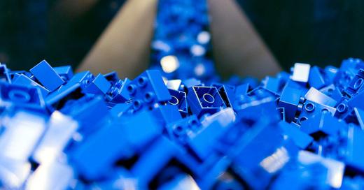 © LEGO