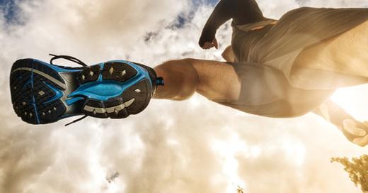 Jogging, Sport, Schuh, laufen, rennen, marathon, © fotolia.de-Brian Jackson