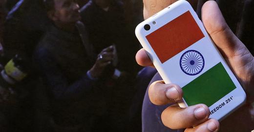 Freedom 251, Smartphone Indien, Handy, günstig, billigstes handy der Welt, © RAJAT GUPTA - dpa