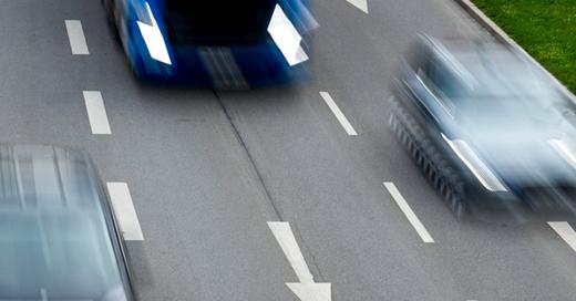 Verkehr, Tempo, Raser, © Patrick Pleul - dpa