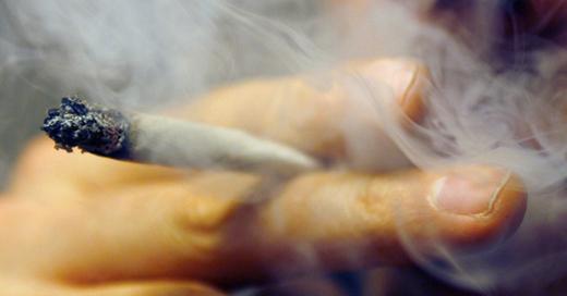 Drogen, Joint, Marihuana, © Daniel Karmann - dpa