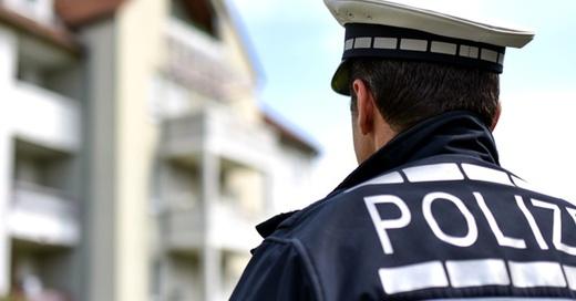 Polizei, Polizist, Streife, © Uwe Anspach - dpa