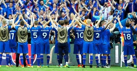 Island, EM 2016, Fußball, © Abedin Taherkenareh - dpa