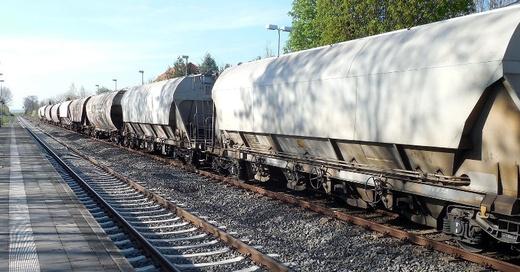 Güterzug, Bahn, Gleise, © Pixabay