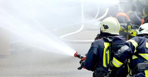 Feuerwehr, Brand, Löschen, © Pixabay