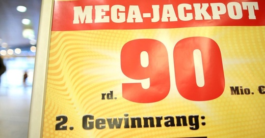 Euro, Jackpot, Lotto, © Martin Gerten - dpa