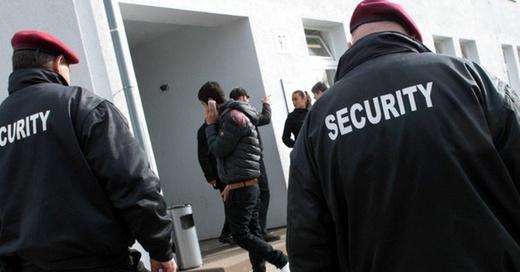 Sicherheitsdienst, Security, Sicherheit, © Marijan Murat - dpa