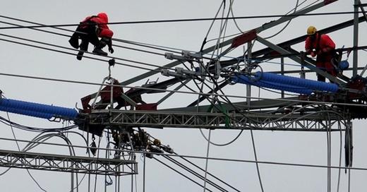 Stromausfall, Stromnetz, Leitung, © dpa