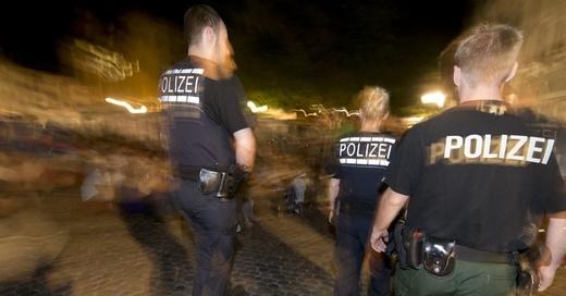 Polizei, Freiburg, Augustinerplatz, © Patrick Seeger - dpa