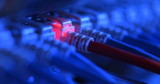 Router, Internet, Kabel, © Felix Kästle - dpa