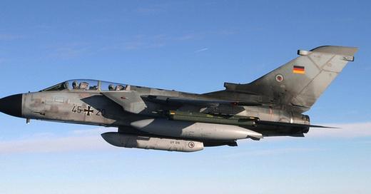 Bundeswehr, Luftwaffe, Anti-Terror-Kampf, © Pressezentrum Luftwaffe / dpa (Symbolbild)