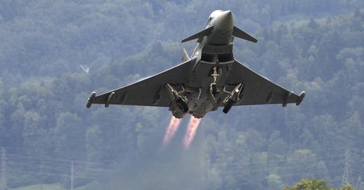 Jet, Eurofighter, Flugzeug, Luftwaffe, Bundeswehr, © Pixabay (Symbolbild)