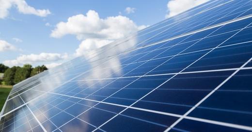 Photovoltaik, Solar, Dach, Sonnenenergie, Symbolbild, © Pixabay