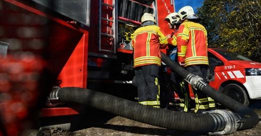 Feuerwehr, Einsatz, © Sina Schuldt - dpa (Symbolbild)