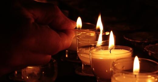 Kerzen, Trauer, Licht, © Pixabay (Symbolbild)