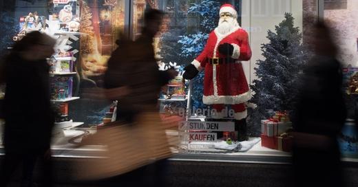 Weihnachten, Einkaufen, Geschenke, © Patrick Seeger - dpa