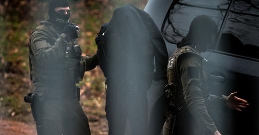 Terrorverdacht, Spezialeinheit, SEK, Karlsruhe, © Christoph Schmidt - dpa