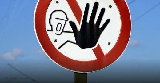 Sperrung, Warnschild, © Pixabay (Symbolbild)