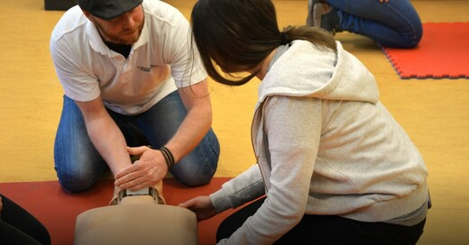 Wentzinger, Schüler, Reanimation, Training, Wiederbelebung, © Universitätsklinikum Freiburg