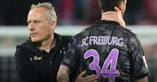 Christian Streich, Tim Kleindienst, SC Freiburg, © Arne Dedert - dpa