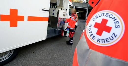 DRK, Deutsches Rotes Kreuz, Krankenwagen, Notarzt, © Bernd Weißbrod - dpa (Symbolbild)