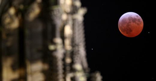 Mond, Blutmond, Mondfinsternis, © Oliver Berg - dpa