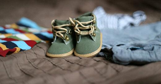 Kinder, Schuhe, Kleidung, © Pixabay (Symbolbild)