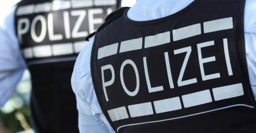 Polizei, Uniform, Weste, © Silas Stein - dpa (Symbolbild)