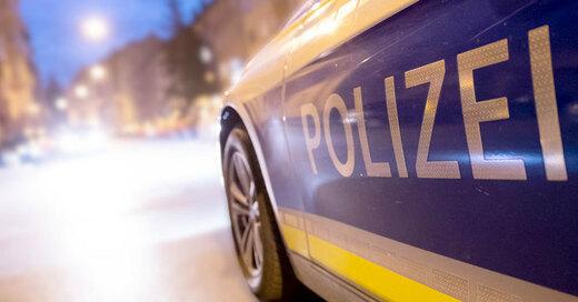 Polizei, Blaulicht, Einsatz, Streifenwagen, © Daniel Karmann - dpa (Symbolbild)