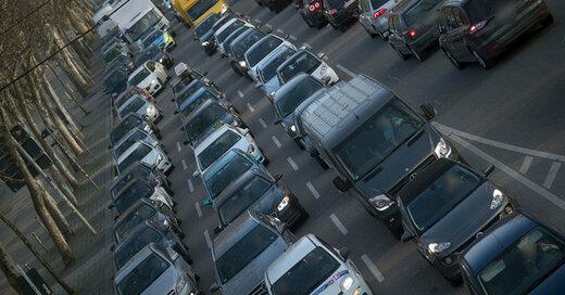 Stau, Verkehr, © Marijan Murat - dpa (Symbolbild)