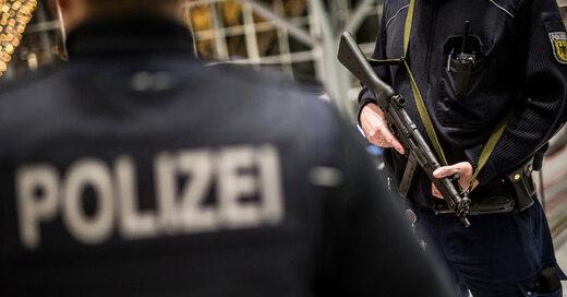 Polizei, Bundespolizei, Flughafen Stuttgart, © Christoph Schmidt - dpa (Symbolbild)