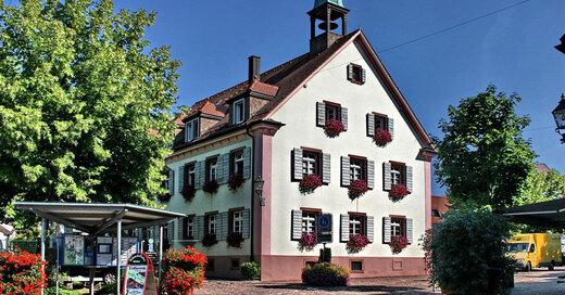 Kirchzarten, Rathaus, © Pixabay (Symbolbild)