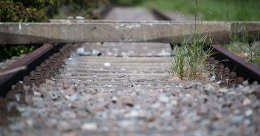 Bahnstrecke, Gleise, stillgelegt, © Marijan Murat - dpa (Symbolbild)