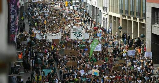Fridays for Future, Freiburg, Klimastreik, © Patrick Seeger - dpa