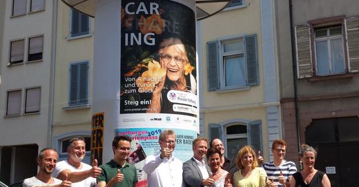 Plakatkampagne, Gute Tat mit Plakat, Prestel-Stiftung, ©  © baden.fm