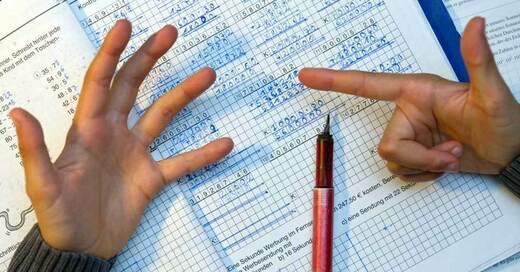 Hausaufgaben, Rechnen, Mathematik, Schüler, © Patrick Pleul - dpa (Symbolbild)
