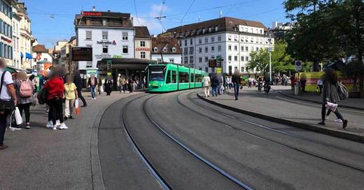 Barfüßerplatz, Basel, Schweiz, Tram, © baden.fm (Symbolbild)
