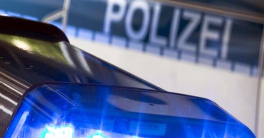 Blaulicht, Polizei, Einsatz, © Friso Gentsch - dpa