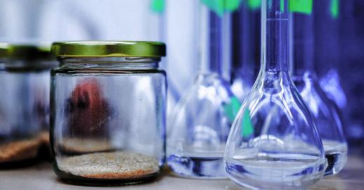 Symbolbild - pixabay Chemielabor, © pixabay