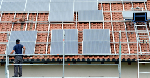 Solaranlage, Photovoltaik, © Rolf Haid - dpa (Symbolbild)