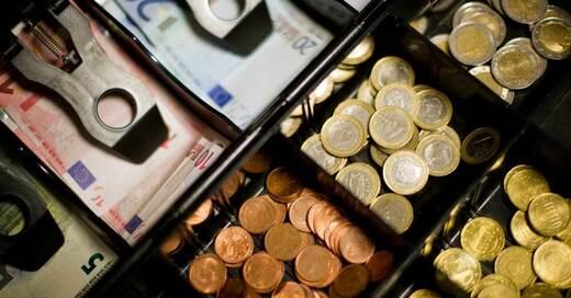 Registrierkasse, Einzelhandel, Geld, Bargeld, Euro, © Daniel Reinhardt - dpa (Symbolbild)
