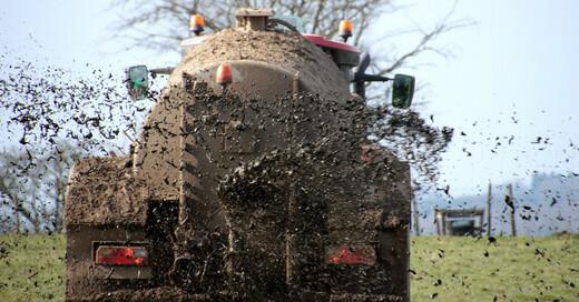 Gülle, Dünger, Traktor, Landwirtschaft, © Pixabay (Symbolbild)
