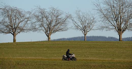 Motorradfahrer, St. Peter, Schwarzwald, Biker, © Picture Alliance - dpa (Symbolbild)