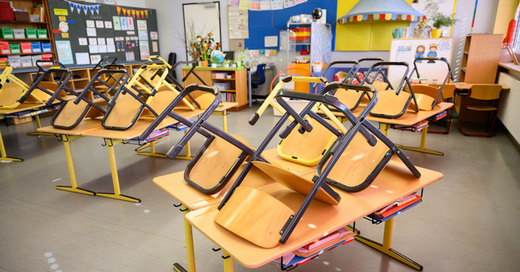 Klassenzimmer, Unterricht, Schulfrei, Schule, © Sebastian Gollnow - dpa (Symbolbild)