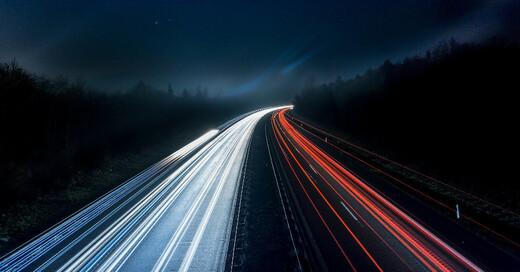 A5, Autobahn, Verkehr, Nacht, © Pixabay (Symbolbild)