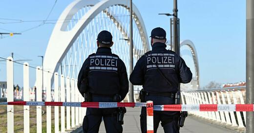 Kehl, Europapbrücke, Straßburg, Grenzübergang, Bundespolizei, © Uli Deck - dpa