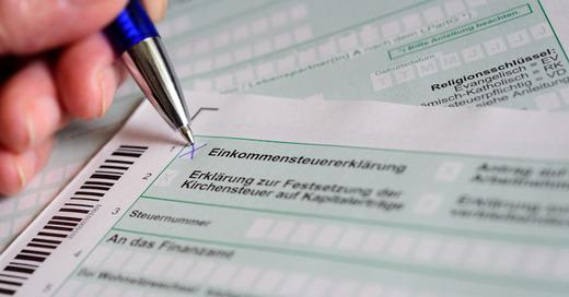 Steuererklärung, Einkommenssteuer, Finanzamt, Steuern, © Hans-Jürgen Wiedl - dpa