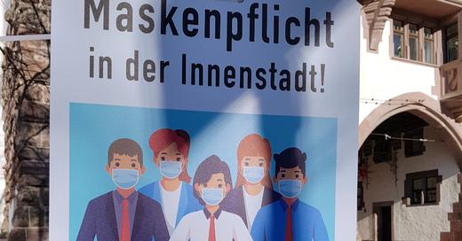Maskenpflicht, Freiburg, Schwabentor, Hinweisschild, © baden.fm (Symbolbild)