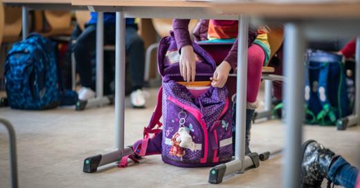 Grundschule, Unterricht, Schulranzen, Schüler, © Frank Rumpenhorst - dpa (Symbolbild)